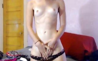 Naughty brunette girlfriend rubs her clit in homemade solo
