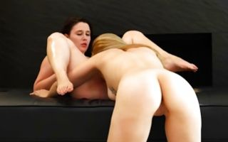Sensual lesbian sex with astonishing ex-girlfriend Michelle