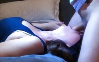 Brunette chick blowing dick and gets covered in jizz