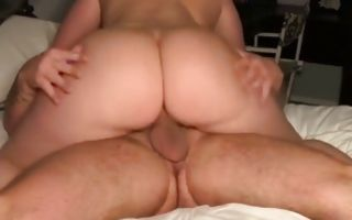 Sexy babe with a huge ass riding a huge fat dick