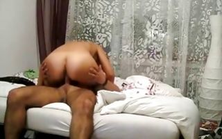 Nasty dude makes his girlfriend ride his huge ramrod