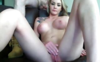 Perfect booty and busty gf posing with tattooed bf on webcam