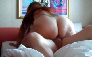 Pretty brunette amateur with a big ass gets pussy banged