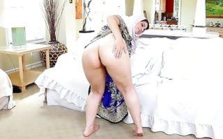 Naughty Arabian girlfriend playing with amazing dildo