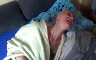 Naughty blonde girlfriend rides a huge ramrod in amateur porn