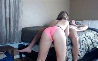 Naughty brunette girlfriend sucks a dick in homemade porn